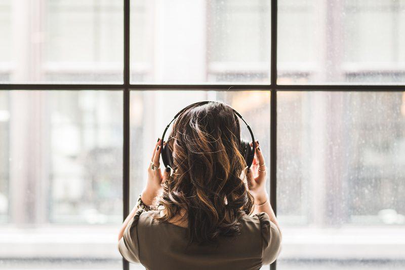 Uncovering escapism during pandemic through lofi music